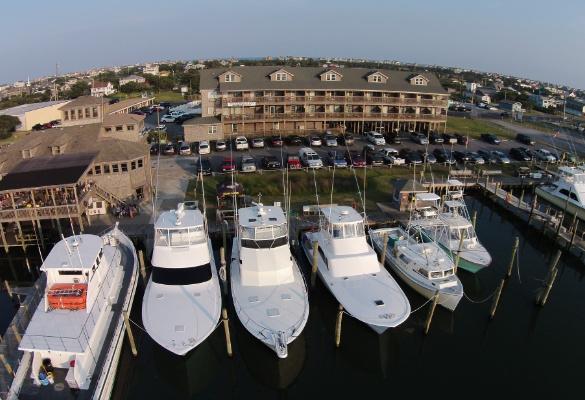 Oden's Dock Marina & Breakwater Inn